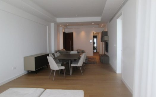 3 Bedroom apartment in a prime location for rent