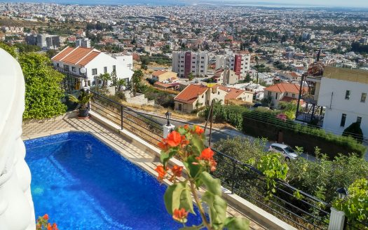 4 Bedroom villa for rent