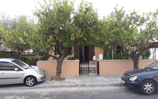 3 Bedroom renovated- detached house for rent