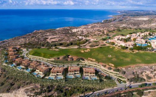 Eight brand new stunning Junior Villas UJ03