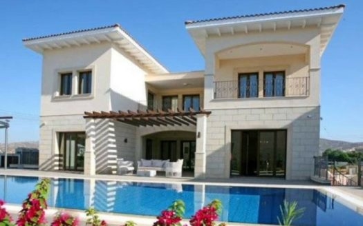 Exclusive 5 bedroom villa for sale