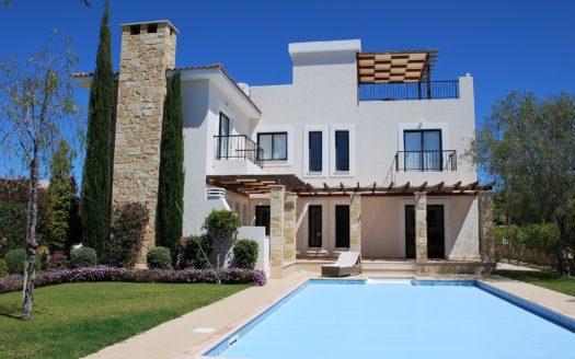 Stunning Villa near Golf Course HUGE REDUCTION