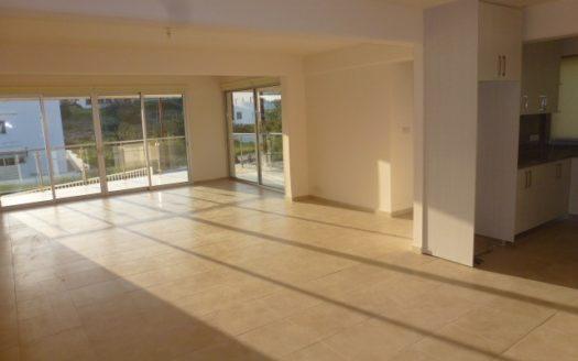 3 Bedroom ground floor apartment for rent