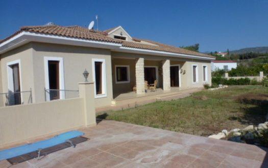 4 Bedroom bungalow for rent