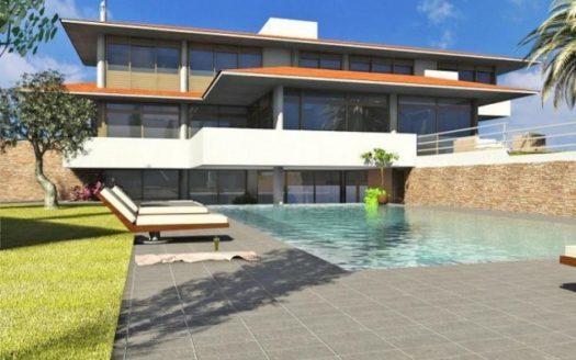 Modern 4 bedroom villa for sale