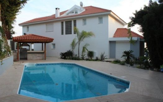 5 Bedroom villa for sale in prestige area