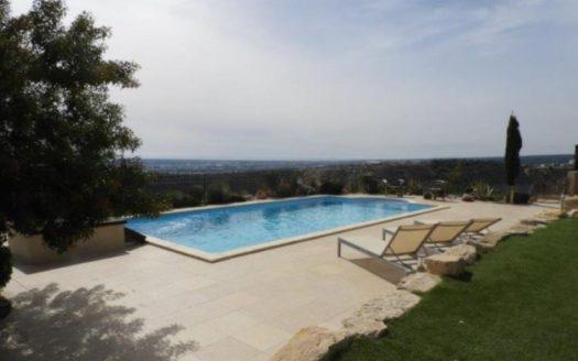 5 + 1 bedroom villa in Opalia Hill, Limassol for rent