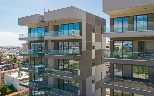Modern and spacious 2 bedroom apartment in a gated complex