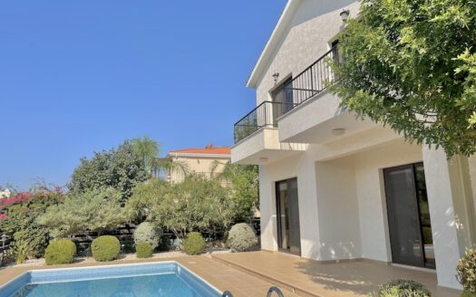 3 bedroom villa with private pool for rent