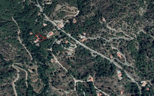 Plot in Moniatis Village for sale