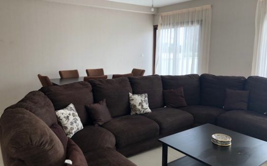 3 bedroom townhouse available for rent