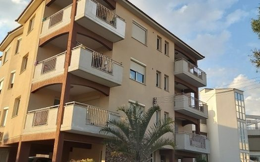 Resale 2 bedroom apartment in Polemidia, Limassol