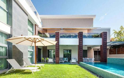 Luxury 5 bedroom villa for sale in Amathounta area, Limassol