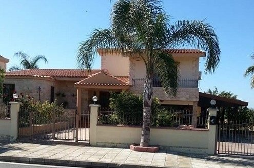 3 bedroom detached house for resale in Trachoni
