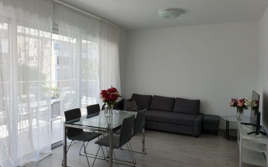 Spacious 2 bedroom apartment in the Centre of Limassol