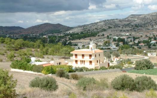 8 bedroom villa for sale in Agia Anna, Larnaca