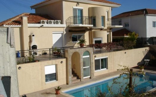 3 bedroom villa for sale in Agios Tychonas