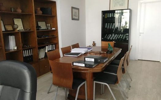 Office space in Amathounta for rent