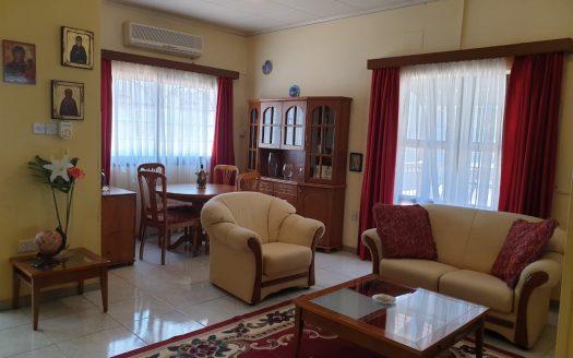 3 Bedroom upper floor house in Apostolos Andreas area