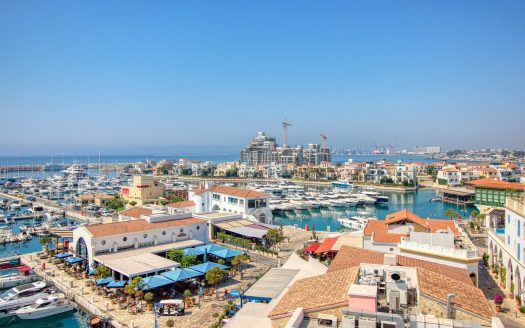 3 Bedroom apartment in Limassol Marina for rent