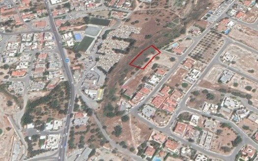 Large plot for sale in Agia Fyla