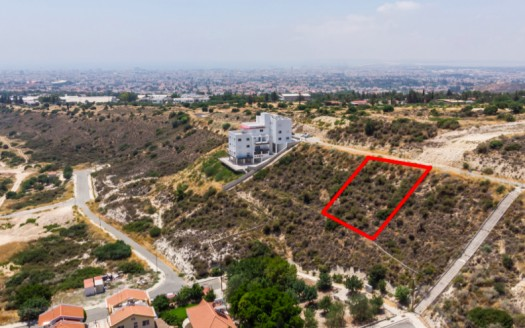 Plot for sale in Agia Fyla