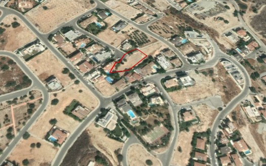 Large Plot in Agios Athanasios area