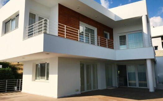 4 bedroom luxury villa for rent in Agios Tychonas