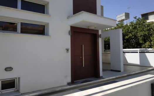 4 bedroom detached house in Kapsalos for rent