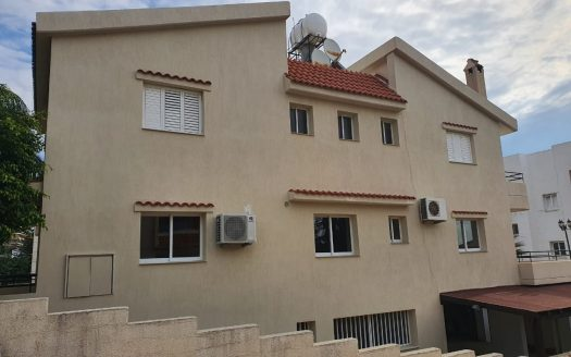 4 + 1 Bedroom house in Panthea area for rent