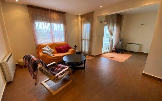 Spacious 2 bedroom apartment in Germasogeia village