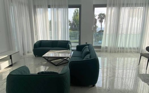 Luxury 3 bedroom apartment for rent opposite the sea