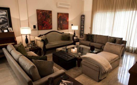 4 + 1 bedroom villa for rent in Erimi