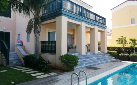 4 Bedroom villa in Limassol Marina for rent