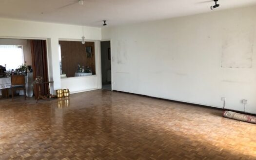 Upper floor space for residential or commercial use in Limassol city centre