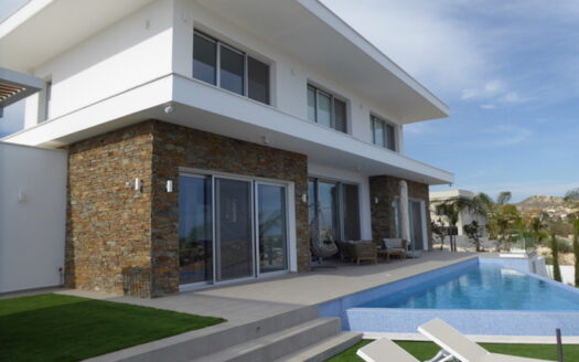 3 bedroom villa in Kefalokremmos with breathtaking views