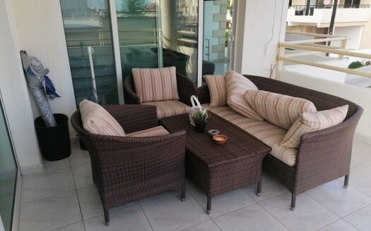 3 bedroom apartment for rent in Mesa Geitonia
