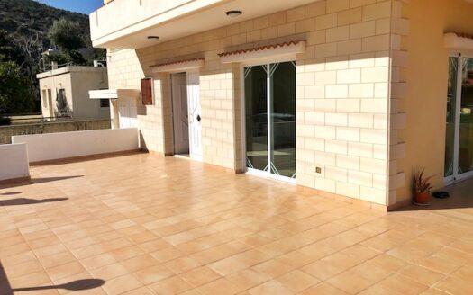 3 bedroom house for rent in Mathikoloni