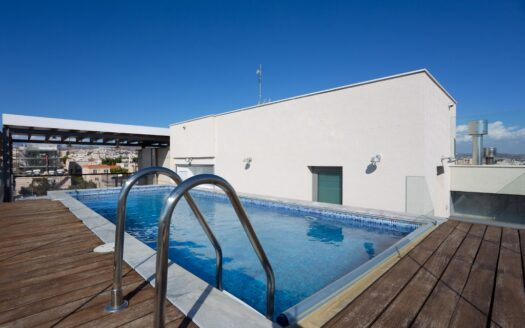 4 Bedroom penthouse with private swimming pool