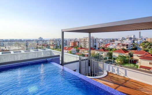 Penthouse with private pool available for rent