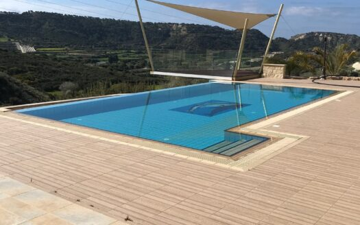 Stunning 5 Bedroom House in Pissouri for Rent