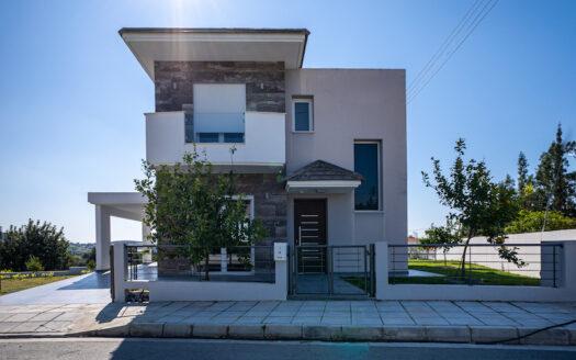 2 bedroom house for sale in Pareklisia