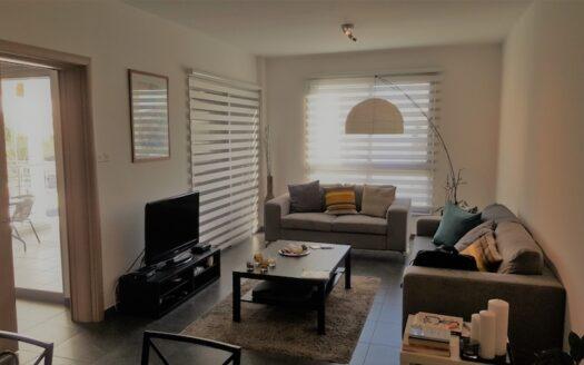 Resale 2 bedroom apartment in Mesa Geitonia