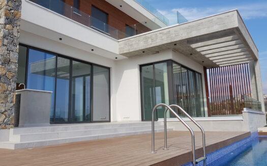 Modern 4 bedroom villa in Agios Tychonas for rent
