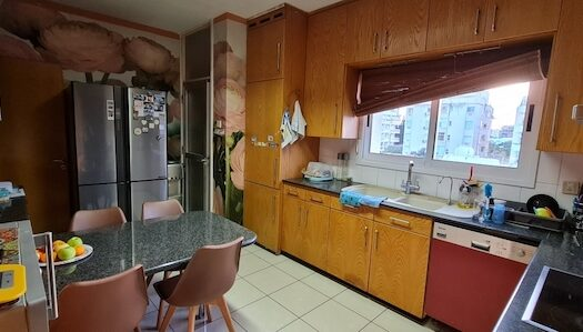 3 bedroom apartment for sale in Neapolis