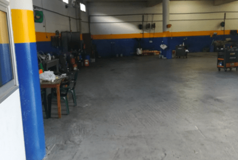 Warehouse in Mesa Geitonia