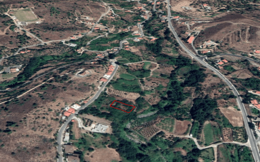 Plot for sale in the village of Galata