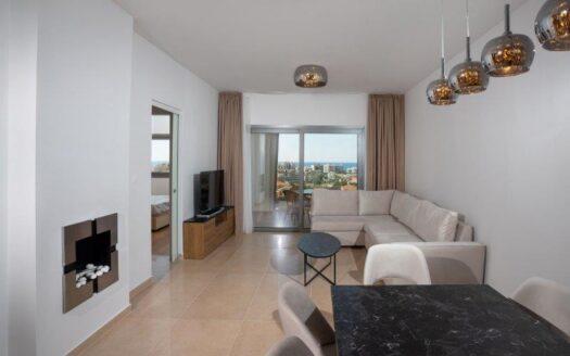 Top floor 3 bedroom apartment for rent in Potamos Germasogeias