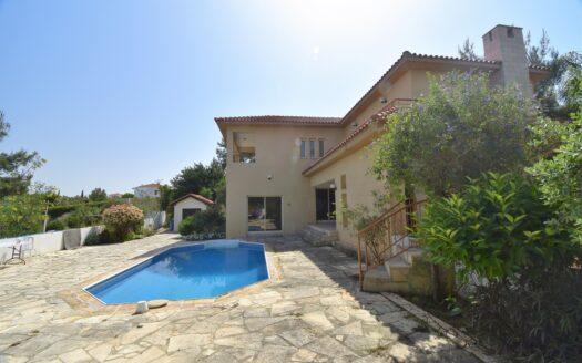 Spacious 3 Bedroom Family Villa in Pissouri with Mountain Views