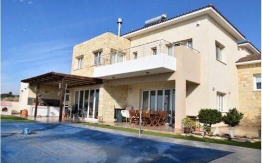 4 Bedroom villa for rent in Paniotis area